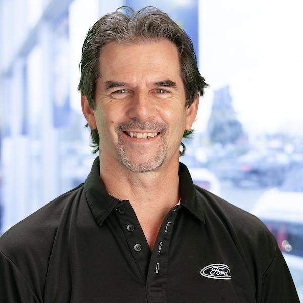 Brad Cruickshank : Sales Manager