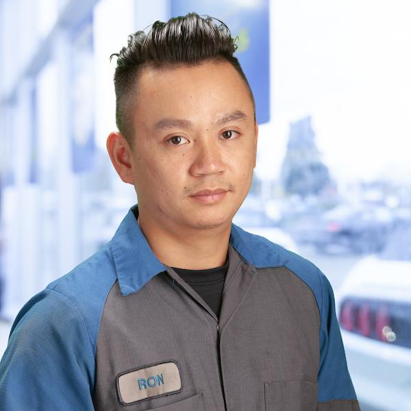 Ron Ho : Service Technician