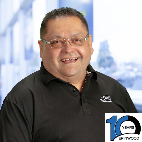 Victor Chacon : Sales and Leasing Consultant
