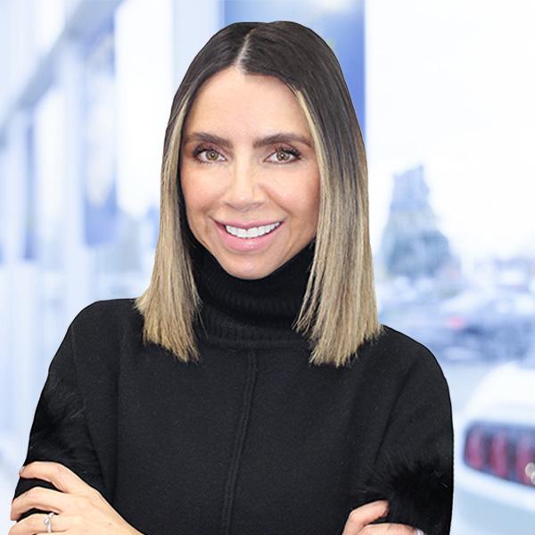Zulia Castellanos : Sales and leasing consultant